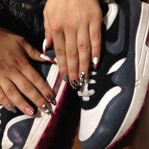 Air max day nike Paolina nails