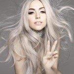 Lady-Gaga-gris-cheveux